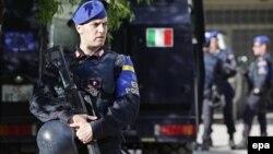 Një polic i misionit të EULEX-it, foto nga arkivi