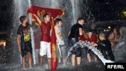 Slavlje na ulicama Podgorice nakon osvojene srebrne medalje rukometašica