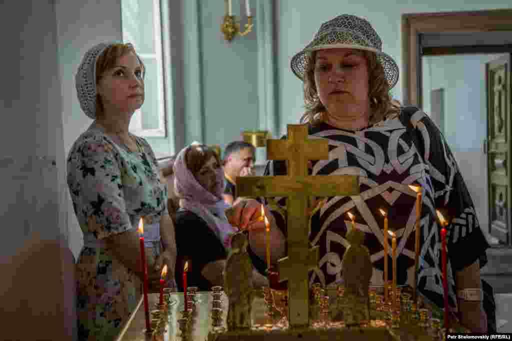 Каждый день на Валаам приезжают туристы - помолиться в церкви в монастыре.
