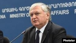 Глава МИД Армении Эдвард Налбандян (архив)