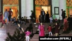 Государственный драматический театр имени Сейитназара Сейди, Туркменабат