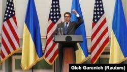Міністр енергетики США Рік Перрі: якби в нас було кілька днів запасу для приготування, мабуть, наша делегація була би вп'ятеро більшою.