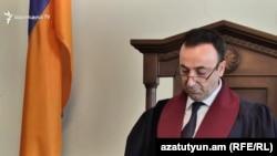 Председатель Конституционного суда Армении Грайр Товмасян (архив)