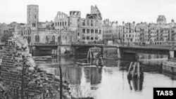 By the end of the fighting, the population of Koenigsberg had been reduced from 375,000 to less than 65,000.