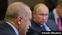 претседателите на Русија и на Турција Владимир Путин и Реџеп Таип Ердоган во Сочи