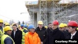 Boris Tadić u poseti gradilištu dela autoputa E-80 na istočnom kraku Koridora 10, od Niša do Dimitrovgrada, 22. decembar 2011.