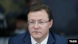 Дмитрий Азаров