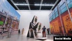 Акция Сергея Захарова «Карточный домик»