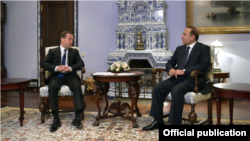 Russia - Prime Minister Dmitry Medvedev meets with his Armenian counterpart Hovik Abrahamian, Moscow, 5Feb2015.