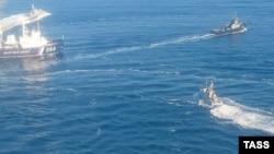 Захват украинских военных кораблей в Черном море 25 ноября 2018 года
