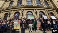 Акция протеста студентов в Праге, 15 марта 2018 года