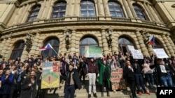Акция протеста студентов в Праге. 15 марта 2018 года.