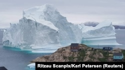 Гренландия, поселок Инаарсуит.