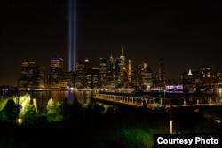 Түнгі Манхэттен, Нью-Йорк. Фото авторы - Артем Марусич.