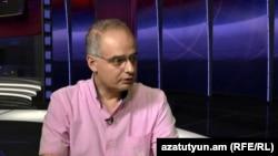 Левон Зурабян в студии Азатутюн ТВ, 22 июля 2014 г.