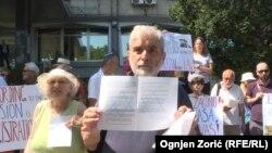 Protest ispred zgrade Ministarstva pravde