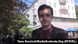 Громадянин Росії прийшов на вибори Держдуми у вишиванці