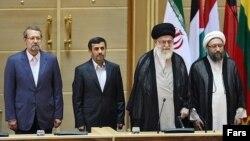 رهبر و سران سه قوه جمهوری اسلامی