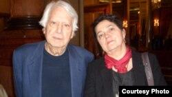Larisa Turea cu scriitorul Jorge Semprun (Courtesy: eepap.org)