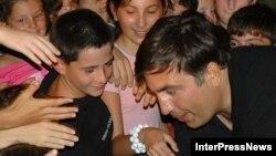 Президент-строитель. Михаил Саакашвили на открытии нового цирка в Батуми