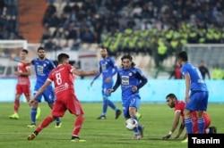 Esteqlal team in blue vs. Padideh Mashhad in the football league, December 13, 2018.