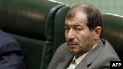 İranının müdafiə naziri Mustafa Məhəmməd Nəccar, 21 avqust 2005