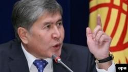 Алмазбек Атамбаев, президент Кыргызстана.