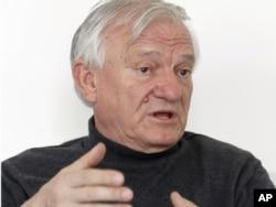 Penzionisani general Jovo Divjak
