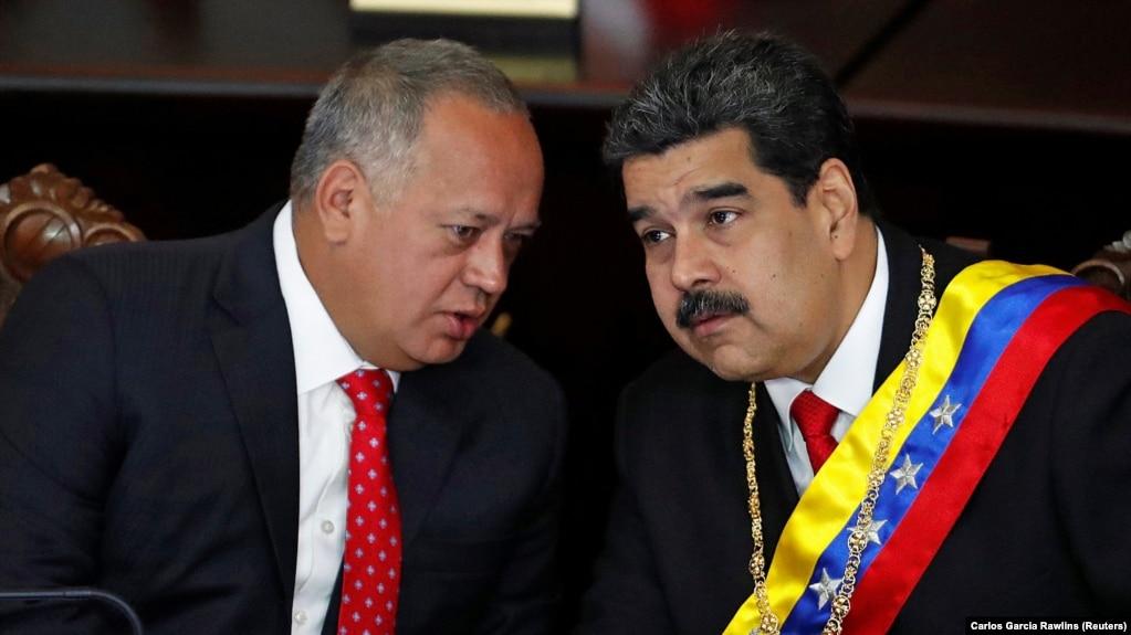 Дыасдада Кабельо и Николас Мадуро.  24 января 2019 года.