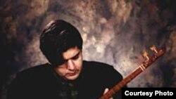 سالار عقیلی خواننده موسیقی سنتی ایرانی.