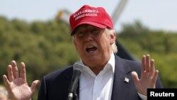 Трамп Республикалык партиянын президенттикке үмүткөрлөрдүн эң белгилүүсү.