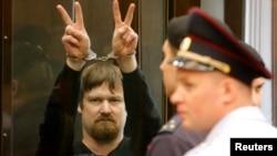Леонид Развозжаев в зале суда, Москва, 24 июля 2014 года.