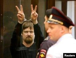Леонід Развозжаєв у залі суду, 24 липня 2014 року