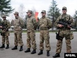 Pripadnici Vojske Crne Gore, ilustrativna fotografija: Savo Prelević
