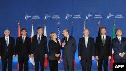 """Встреча министров иностранных дел стран """"большой восьмерки"""" в Париже"""