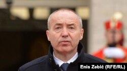 Дамір Крстичевич ухвалив таке рішення через падіння війського літака й загибель 2 офіцерів