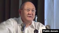 Алтынбек Сарсенбаев, оппозиционный политик.