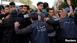 Акции протеста в Алжире