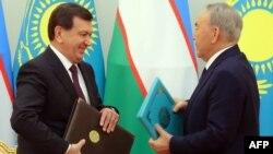 Нурсултон Назарбоев ва Шавкат Мирзиёев