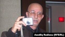 Vaqif İbrahimoğlu, Azadlıq Radiosunun Bakı studiyasında, 2009