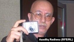 Vaqif İbrahimoğlu Azadlıq Radiosunun Bakı bürosunda, 2009