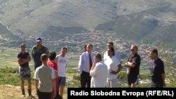 Gradonačelnik Ćuk sa građanima na uzvišenju kod Petrine