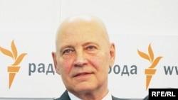 Олег Шенин