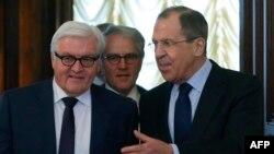 Рускиот министер за надворешни работи Сергеј Лавров денеска во Москва го пречекува неговиот германски колега Франк-Валтер Штајнмаер