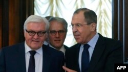 Sergej Lavrov i Frank-Walter Steinmeier