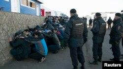 Антимигрантский рейд в Бирюлево, Москва, 14 октября 2013 года.