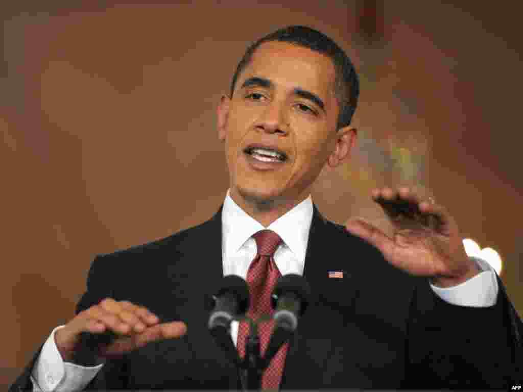 """""""Я не верю в необходимость мировой валюты"""", - заявил американский президент Барак Обама на пресс-конференции в Белом доме в преддверии саммита G20 (AFP)"""