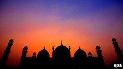 Pamje e një xhamie në Lahore të Pakistanit