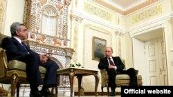 Встреча президента Армении Сержа Саргсяна с президентом России Владимиром Путиным, Московская область, Ново-Огарёво, 12 марта 2013 г. (Фотография - пресс-служба президента России)