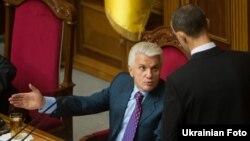 Спикер Верховной Рады Украины Владимир Литвин оказался в непростом положении, подав в отставку, которая не была принята